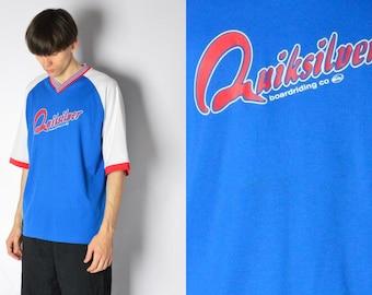 0f4e58d1a260 Quiksilver Y2K Vintage Blue White Graphic V-Neck Sports T-Shirt Mens Size XL