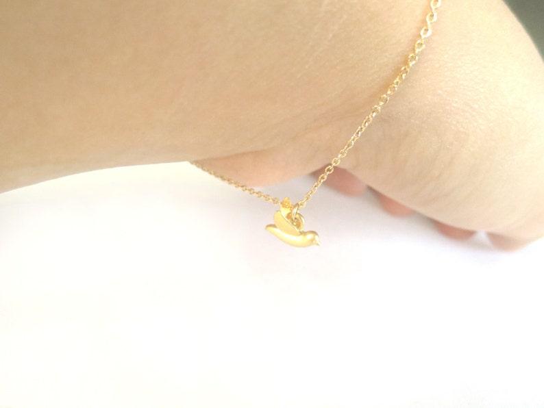 Sister Birthday Flying Gold filled Cute Sterling silver chain Bird Bracelet Tiny Friendship Mom Bracelet Jewelry Animal Gift