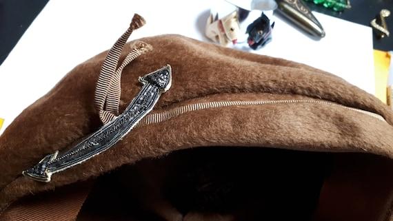 ELSA SCHIAPARELLI vintage hat, fifties, brown vel… - image 7