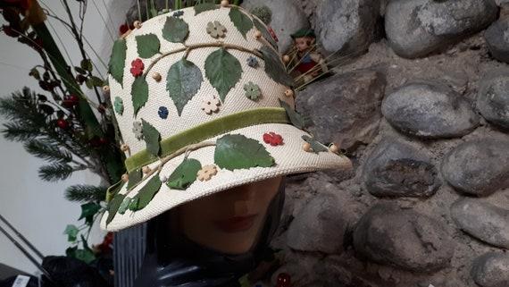 ELSA SCHIAPARELLI vintage hat, straw with appliqu… - image 4