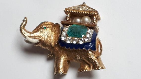 Vintage Ciner Elephant Brooch, goldtone, flawed em