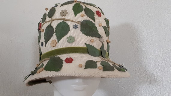 ELSA SCHIAPARELLI vintage hat, straw with appliqu… - image 1