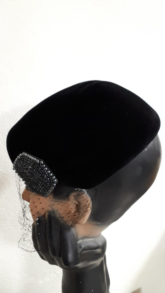 ELSA SCHIAPARELLI vintage cocktail hat, black sil… - image 5