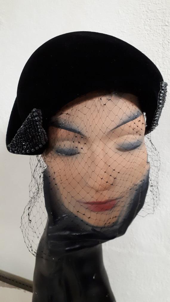 ELSA SCHIAPARELLI vintage cocktail hat, black sil… - image 3