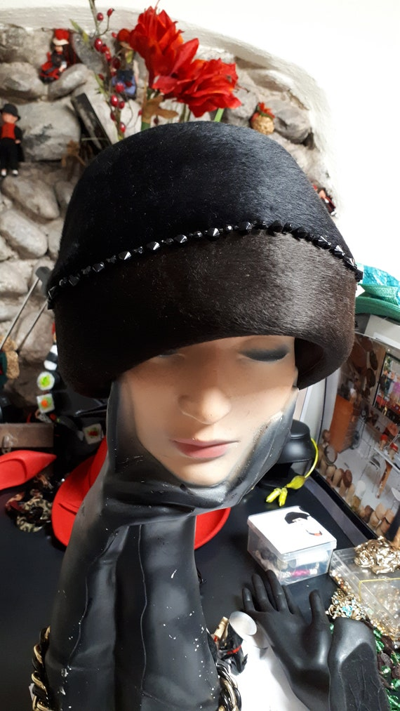 ELSA SCHIAPARELLI cloche style vintage hat, black… - image 7