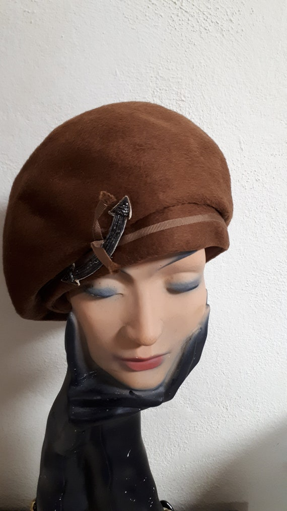 ELSA SCHIAPARELLI vintage hat, fifties, brown velo
