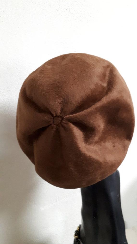 ELSA SCHIAPARELLI vintage hat, fifties, brown vel… - image 3