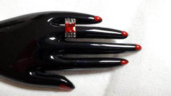 Marion Godart HAND brooch, black resin, red rhine… - image 8