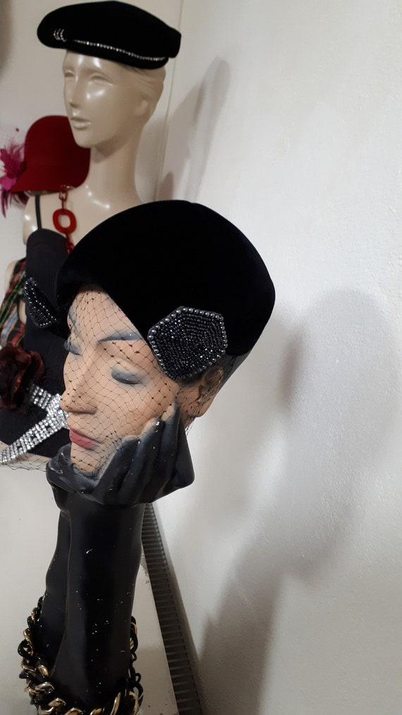 ELSA SCHIAPARELLI vintage cocktail hat, black sil… - image 4
