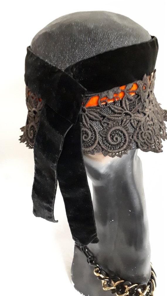Elsa Schiaparelli couture hat, vintage cloche, si… - image 10