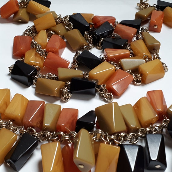 BAKELITE parure, fruit salad, necklace, bracelet,