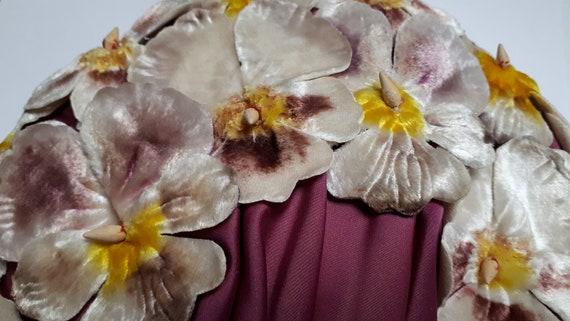 ELSA SCHIAPARELLI hat, velvet pansies, lots of pa… - image 1