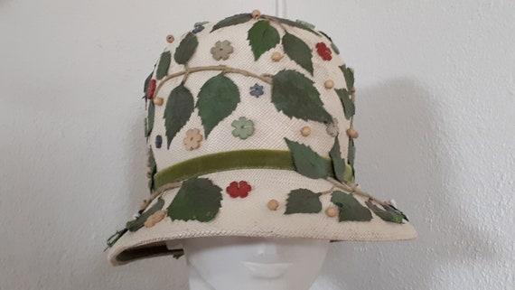 ELSA SCHIAPARELLI vintage hat, straw with appliqu… - image 5