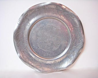 WILSON ALUMINUM PLATE Serving Tray EMbossed Platter