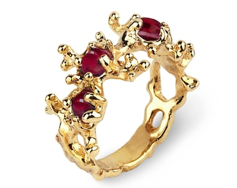 BETWEEN the Seaweeds Gold Ring, Yellow Gold Garnet Ring, Gold Gemstone Ring, Red Garnet Ring, Gold Organic Ring