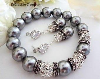 Mother of the Bride Gift Mother of the Groom Jewelry Dark Grey Bracelet Rhinestones Bracelet Charcoal Pearl Bracelet Bridesmaid Gift