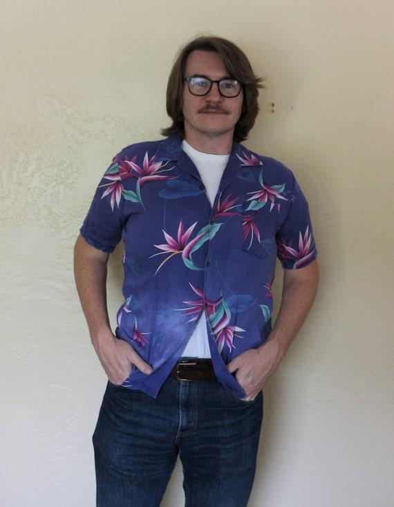 1980s Vintage Fast Breakers Men's Hawaiian Shirt i