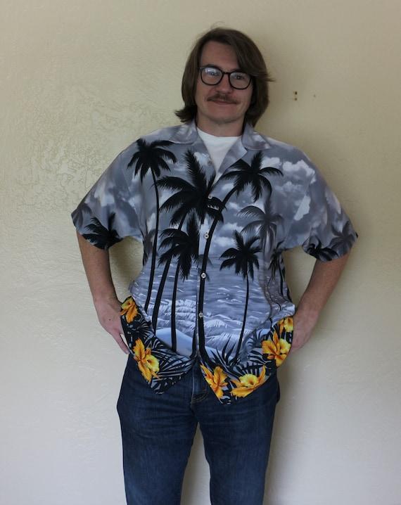 1980s Vintage Koman Sport Men's Hawaiian Shirt wit