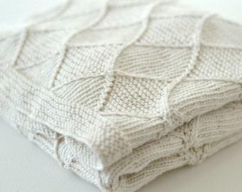 Baby KNITTING PATTERNS - 'Diamond' Blanket
