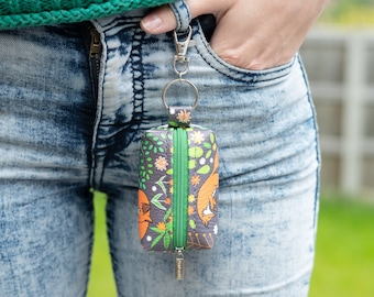 """Vegan Leather Boxy Coin Purse / Leather Earphone Case In """"Foxes"""" / Small Zipper Keychain Pouch / Keyring Coin Purse / Fox Animal Pattern"""