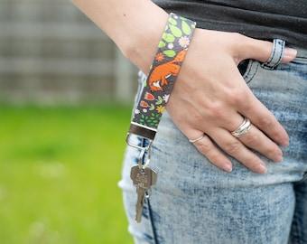 """Vegan Leather Wristlet Keyring / Key Fob / Keychain Wrist Lanyard in """"Foxes"""" / Vegan Gifts / ID Badge Lanyard / Animal Fox Pattern Print"""
