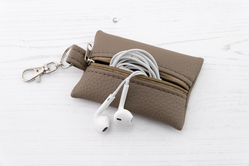 Recycled Genuine Leather Coin Purse  Flat Key Ring Purse  Leather Earphone  Case   Boxy Zipper Purse  Tampon Holder In Mocha