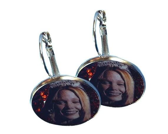 CARRIE glitter earring