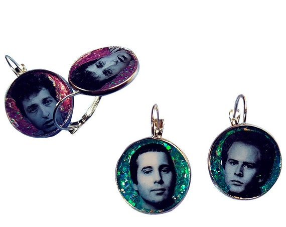 Bob Dylan / Simon and Garfunkel face glitter earring
