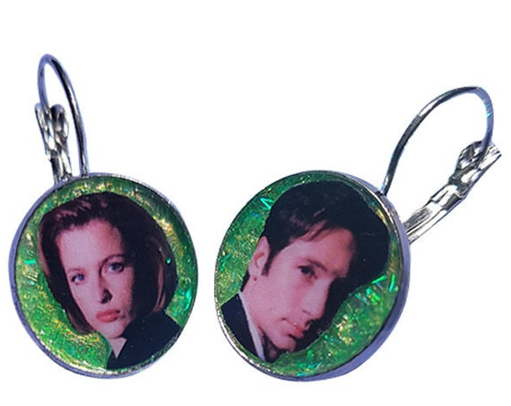 THE X-FILES scully and mulder glitter earring