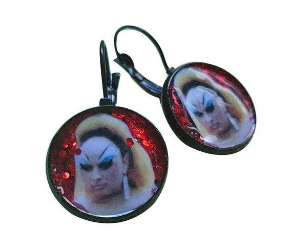 DIVINE handmade glitter earring