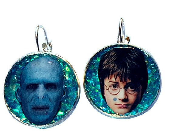 Harry Potter and Voldemort glitter earring