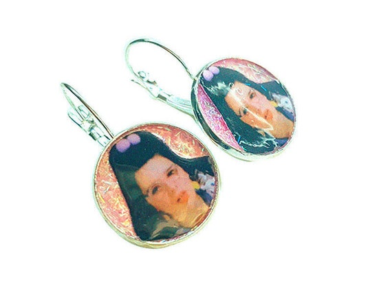 welcome to the doll house (Dawn Wiener) glitter earring