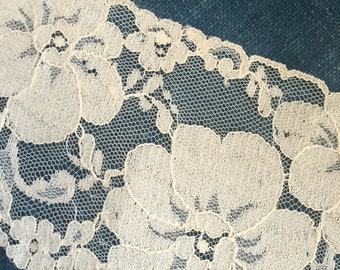 Antique// Ecru// French Lace// Netted Tulle// Sewer's Dream!
