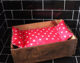 Upcycled Shabby chic vintage crate dog/cat/pet bed