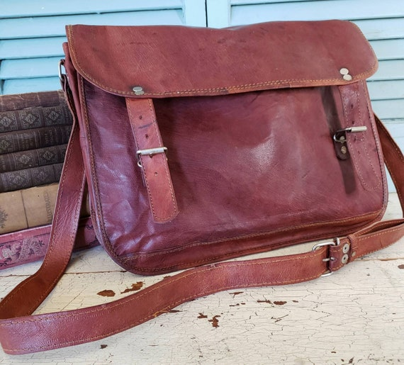 Burgundy Leather Messenger Bag  Rucksack Satchel G