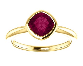 Garnet Ring 14K / 18K Gold Ring, January Birthstone, Antique Square