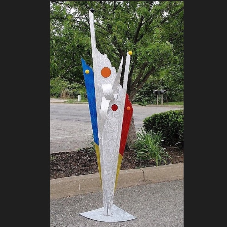 Contemporary 7ft outdoor comtemporary sculpture by artist Tony image 0