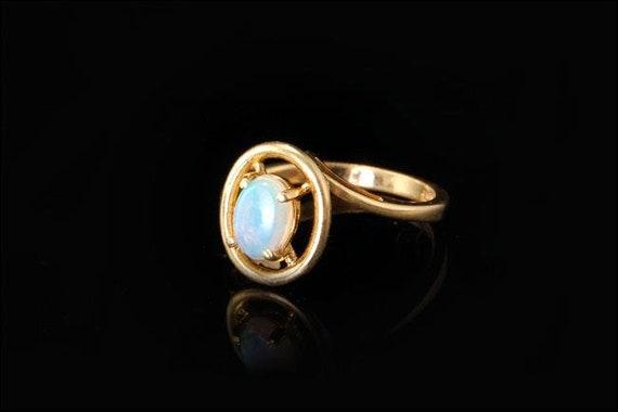 Antique Antique Antique Art Deco lumière bleu opale Cabochon 14k bague en or a942ae