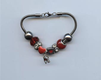 """BRACELET - RED HEART, love you, silver snake chain, pandora-like, red beads, brilliants, word """" love """" charm"""