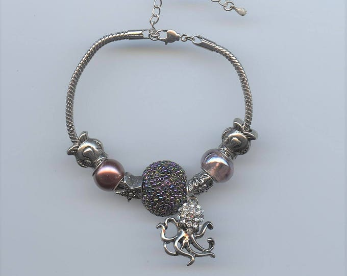 BRACELET - PANDORA TYPE; Under the sea, octopus, fishes, starfish,  copertone beads, jewelry, one of a kind, 7 inch snake chain,