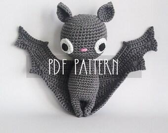 PDF PATTERN - EN - Crochet pattern for amigurumi - Batilda the bat - ooak