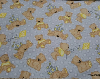 Flannel Fabric 100/% Cotton Flannel By the yard Sweet Bear with Bunny and Kite on Gray
