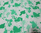 Flannel Fabric - Kelly Green Splatter - By the yard - 100% Cotton Flannel