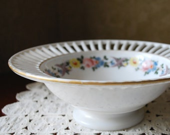 Westmoreland Milk Glass Bowl with Hand Painted Rose Design, Milk Glass Spoke and Rim Bowl, Reticulated Rim