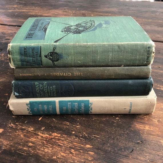 1:12 SCALE MINIATURE BOOK SHERLOCK HOLMES THE NAVAL TREATY ILLUSTRATED