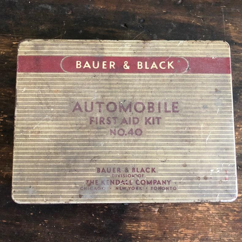 Vintage Bauer & Black Automobile First Aid Kit No  40 / The Kendall Company  / Metal Tin / Storage Box / Medicine / Gauze