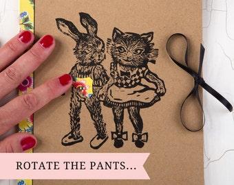 CAHIER marrant/ idée cadeau originale/ illustration décalée/ chat et lapin/ impression originale/ coquin et marrant/ culotte rotative