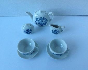 Vintage Blue & White child's tea set.