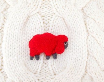 Red sheep brooch, Valentines day gift, Felted unisex sheep pin, Sheep miniature, Aries zodiac sign, Zodiac gift, Lamb brooch, Felt animals