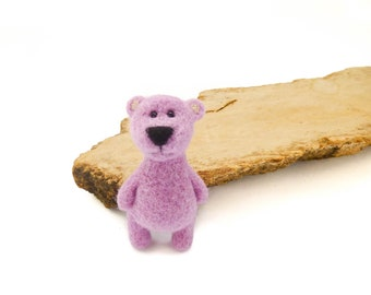 Needle felt bear brooch, Felted Teddy bear pin, Girl gifts, Christmas gift idea, Miniature bear, Bear birthday, Felted animal jewelry